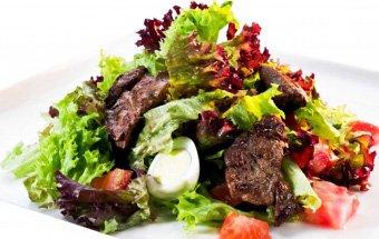 2773-salat-s-kurinoy-pechenyu-1