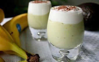 2305-kokteyl-s-bananom-i-avokado-5