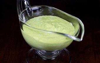 2426-salatnaya-zapravka-s-avokado-1