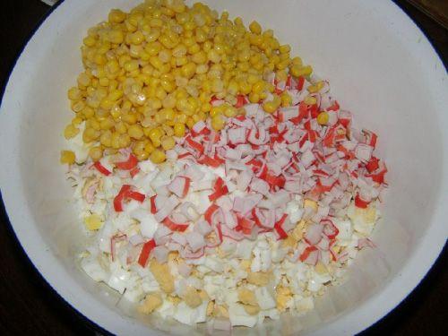Салат кукуруза крабовые палочки без риса